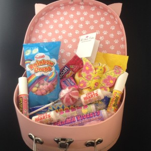 Pink Sweet Hamper contents
